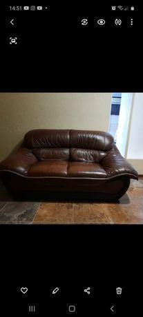Продам кожаную мягкую мебель