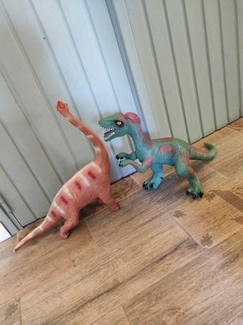 Dinozauri de jucărie