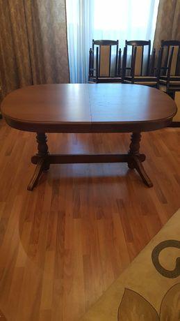 Стол гостиный в отличном состоянии