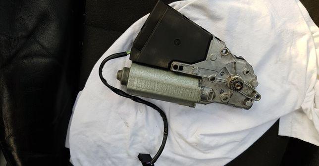 Motoras trapa Passat b5