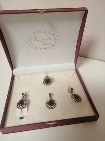 Set bijuterii (inel, cercei, medalion)