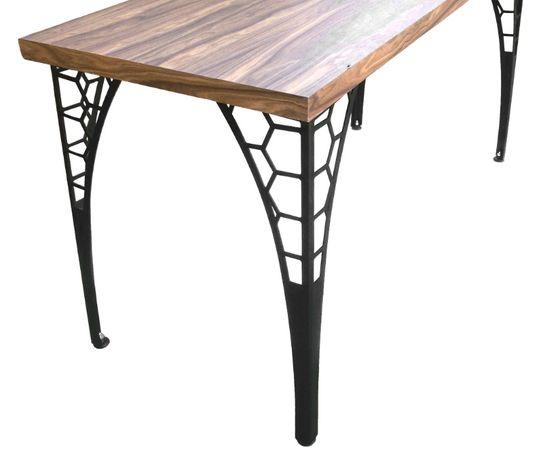 Дизайнерски метални крака за маса