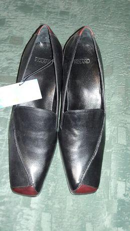 Сапоги зимние и туфли женские