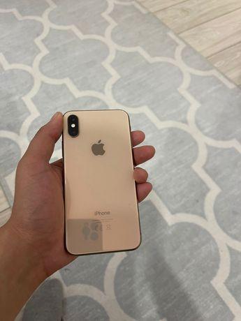 iphone xs gold 64gb  в хорошем состояний  Фейс айди не рабоатет