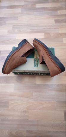 Туфли -макасы (новые)