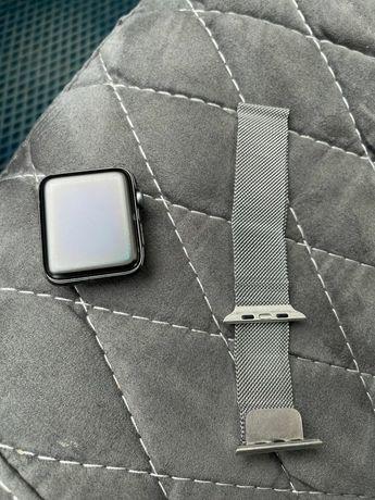 Продам Apple watch 2