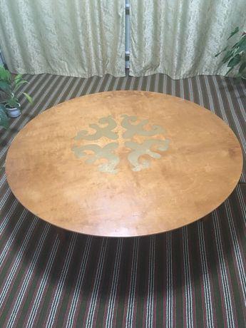 Круглый казахский стол