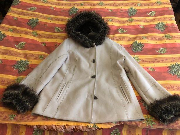 Vand haina blana ecologică