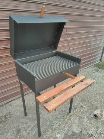 Скара/барбекю на дървени въглища с капак + масичка !