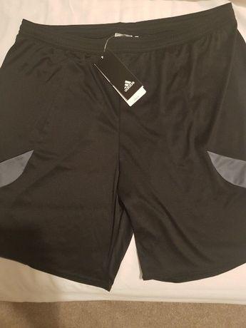 ADIDAS панталонки XXL нови