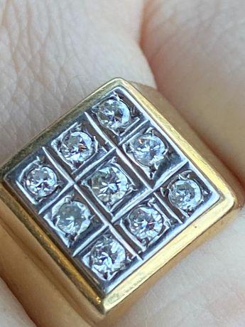 Inel barbatesc Aur 14k cu 9 diamante taietura briliant