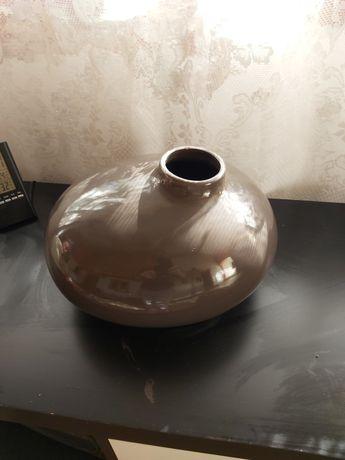 Vand vaza ornamentală