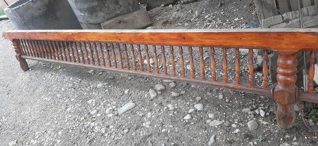 Marchiza din lemn strunjit
