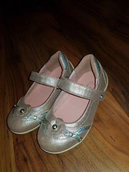 Обувки 25ти номер