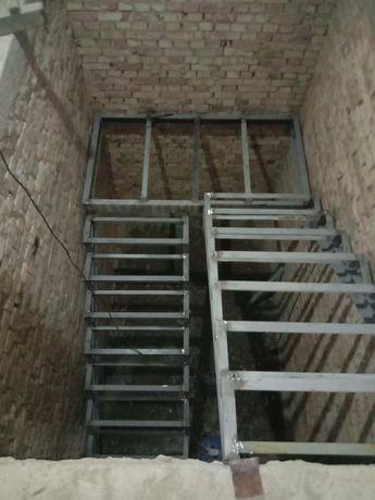 Металлокаркас. Лестница . Перила. Обшивка лестниц.