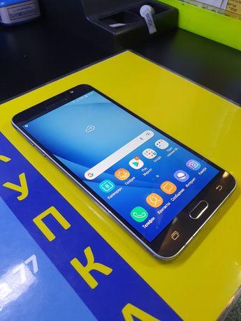 Samsung Galaxy J7 Модель 2016