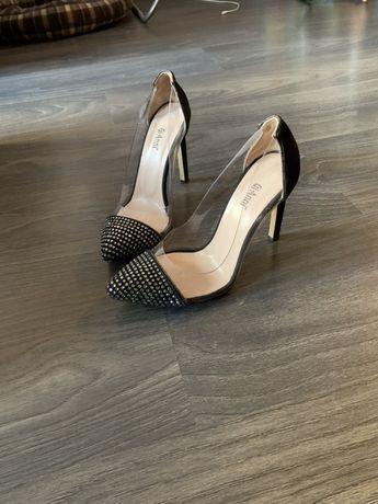 обувки Gianni