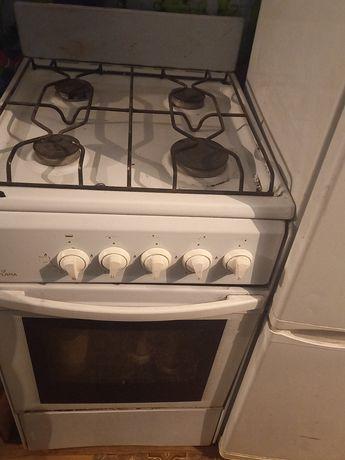 Продам газ плита в хорошем состоянии всё работает отлично цена 47.000