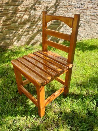 Малко столче (дървено)