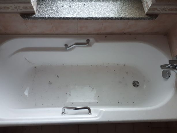 Ванная пластиковая, чугунная