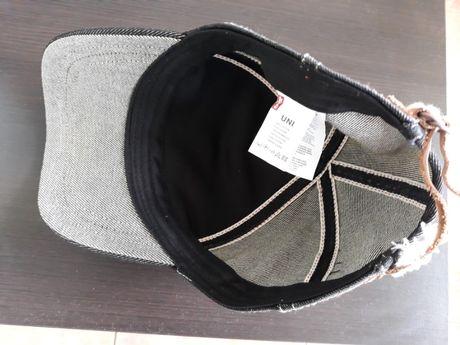 Спортни шапки и чанта