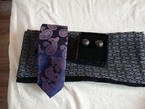Cravata + Butoni