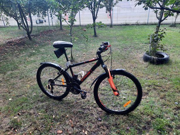 Bicicleta b-twin rockrider 500