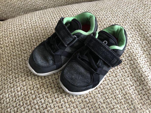Продам детские кросовки Reima 24 размер