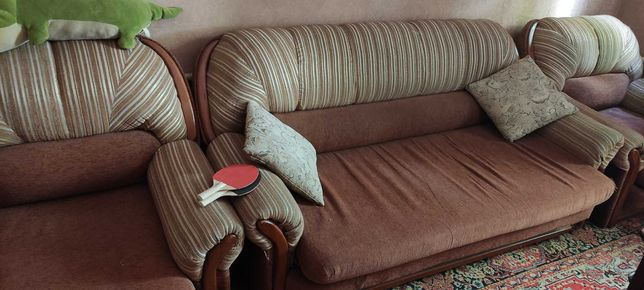 Диван-раскладушка + 2 кресла