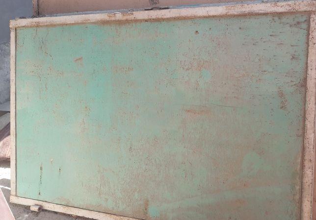 Металический бак хауз и ворота