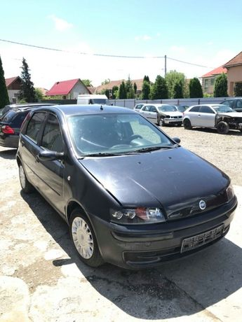 Dezmembram Fiat Punto 1.2 16V benzina 80 cp 1999