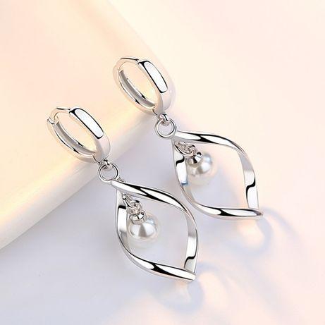 Сребърни обеци, истинско сребро 925, с бели и прозрачни камъчета!