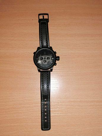 Часовник Shark Military Sport Watch