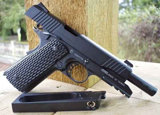 Pistol CALITATE MAXIMA!! -Foarte Precis :Tip:Airsoft Co2 Aer Comprimat