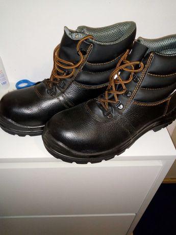 Продам Ботинки для работы
