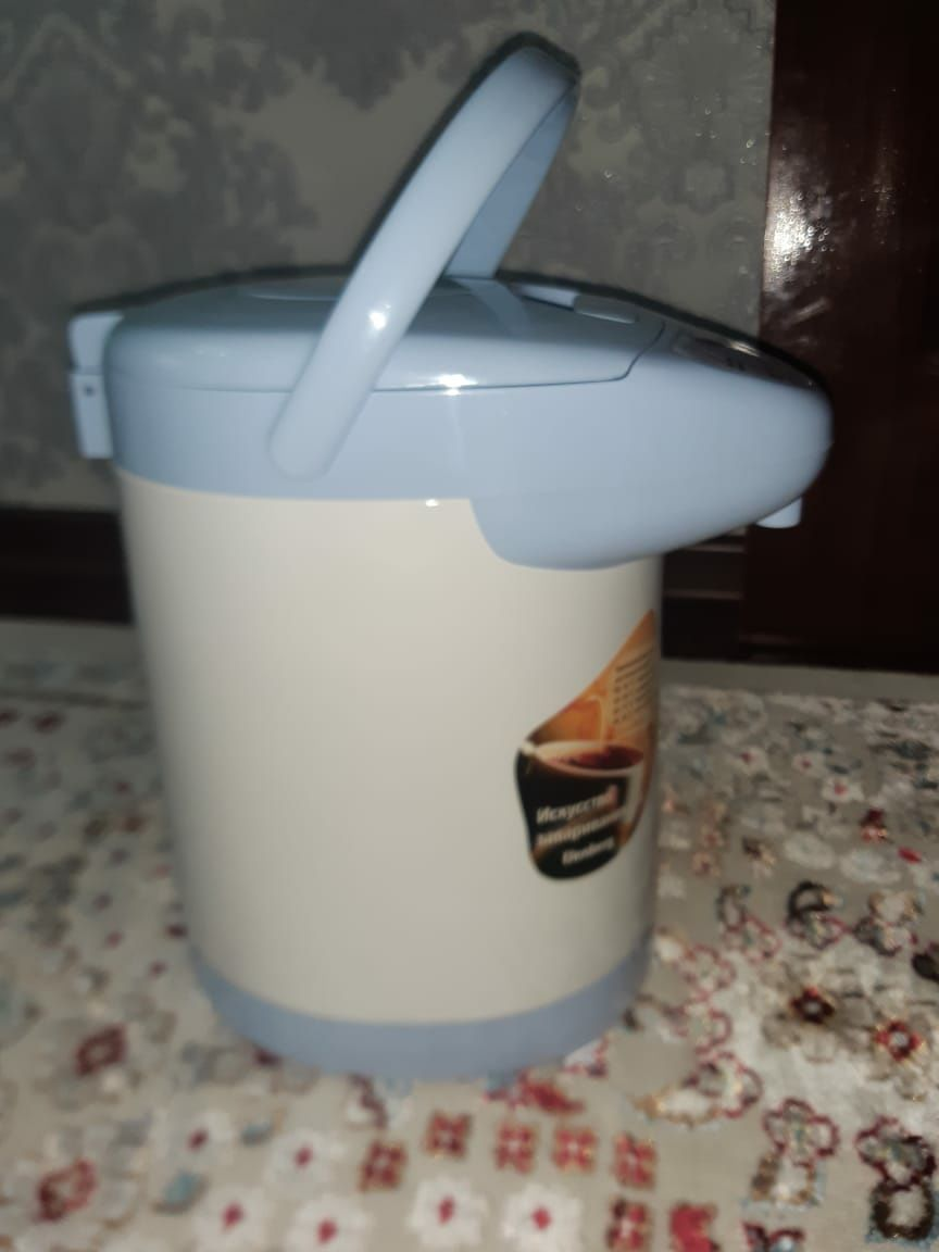 Продам термоз чайник