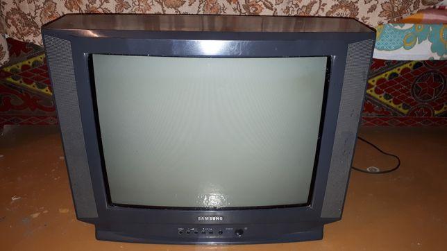 Телевизор Samsung , LG