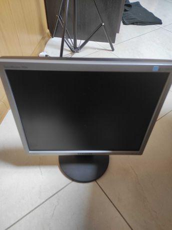 Монитор Samsung 743n, 17 диагональ