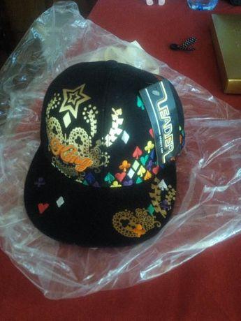 Продавам ретро шапка Лийдьр Кинг