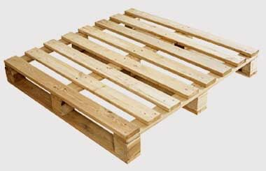 Палета и дървени скари