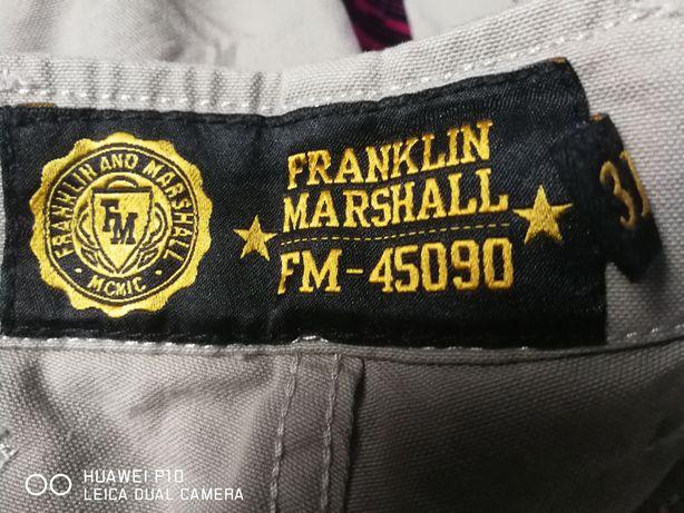 Vând pantaloni Franklin Marshall