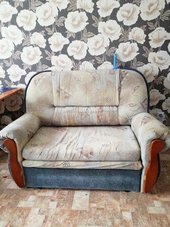 Продам диван раскладной, цена 5 тыс
