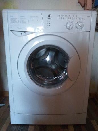 СРОЧНАЯ продажа стиральной машины Indesit
