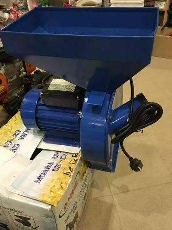 Moara electrica macinat cereale - 2.5 kW