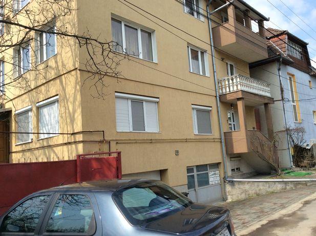 Vînd apartament 4 camere la casa