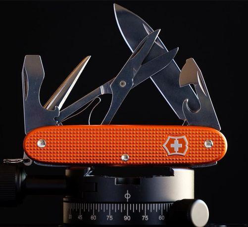 Юбилеен нож Victorinox Alox 2021,включена доставка