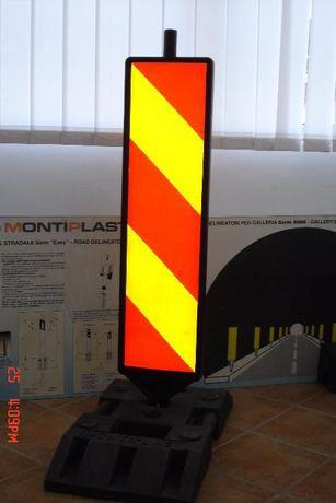 Baliza semnalizare lucrari cu suport 28 kg