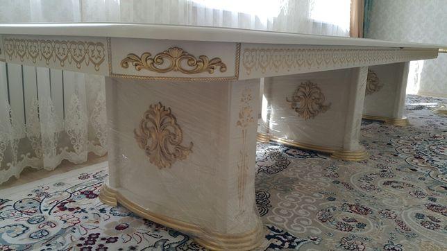 Гостинный стол 4 метра
