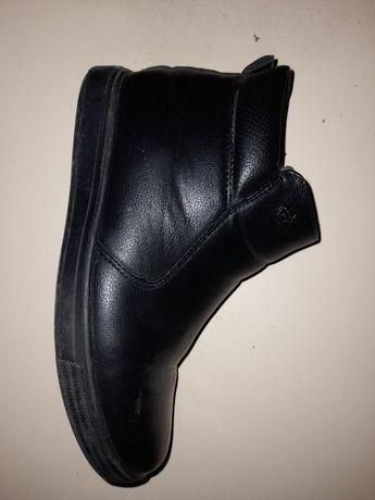 Продам обувь осень-весна
