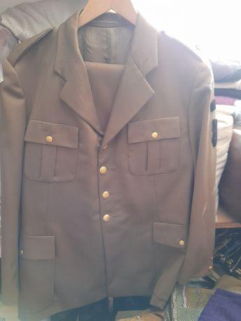 Uniformă oraș kaki